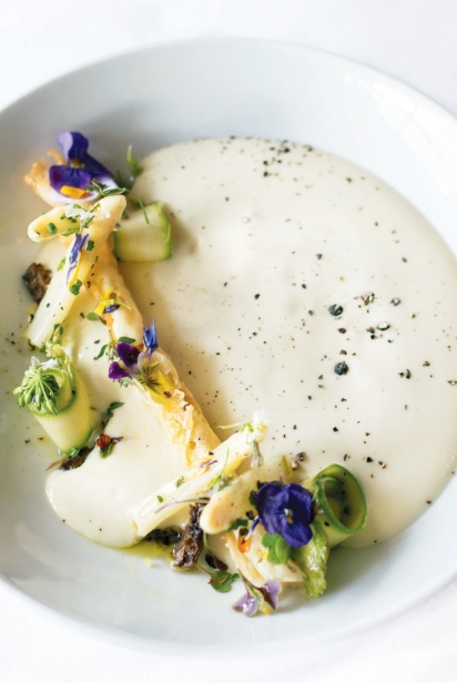 chilled white asparagus soup