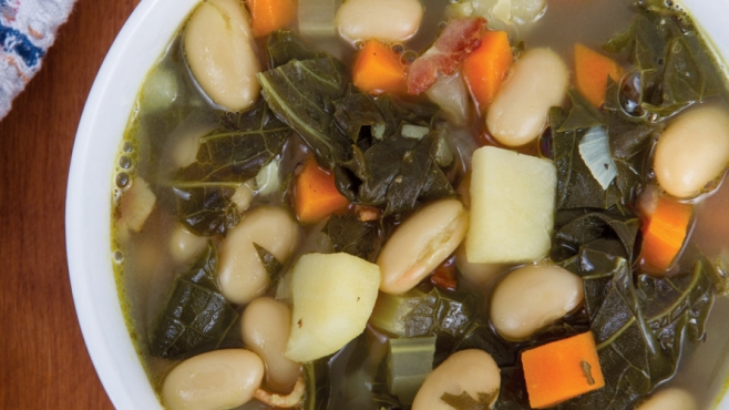 tuscan kale and white bean soup
